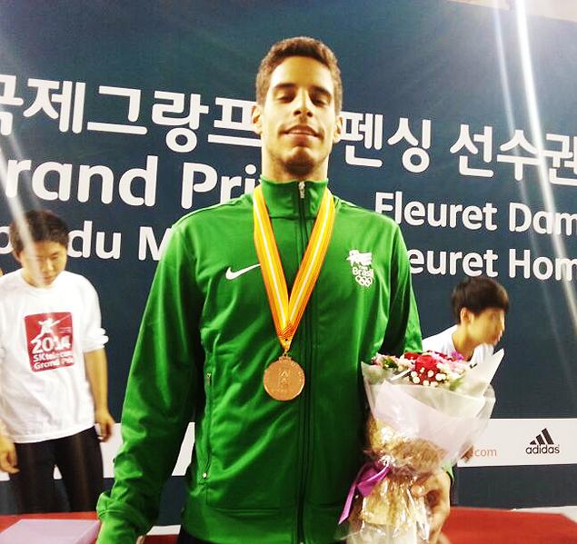 O esgrimista franco-brasileiro Ghislain Perrier, 26, ganhou a medalha de bronze na etapa de Seul da Copa do Mundo de florete, neste sábado.
