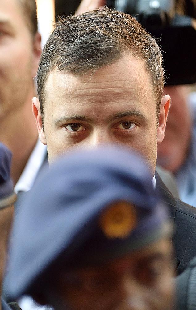 O sul-africano Oscar Pistorius chega a tribunal de Pretória para seu julgamento no dia 12 de setembro (Crédito: Xinhua/Whitehotpix/ZUMA Wire/ZUMAPRESS)