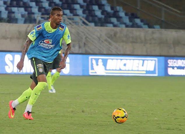 O meia-atacante Anderson Talisca treina com a seleção olímpica (Rafael Ribeiro/Divulgação/CBF)