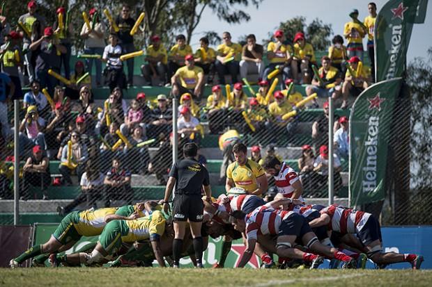 Scrum em partida do Brasil contra o Paraguai (Tárlis Schneider/Fotojump)