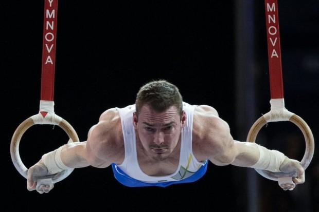 A ginástica, do campeão olímpico Arthur Zanetti, é a modalidade preferida entre as mulheres em pesquisa (Danilo Verpa/Folhapress)