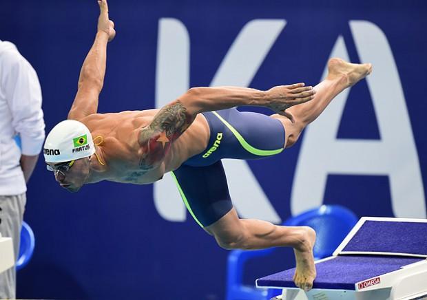 Bruno Fratus, uma das apostas de medalha para os 50 m livre para a CBDA (Crédito: Alexander Nemenov - 7.ago.2015/AFP)