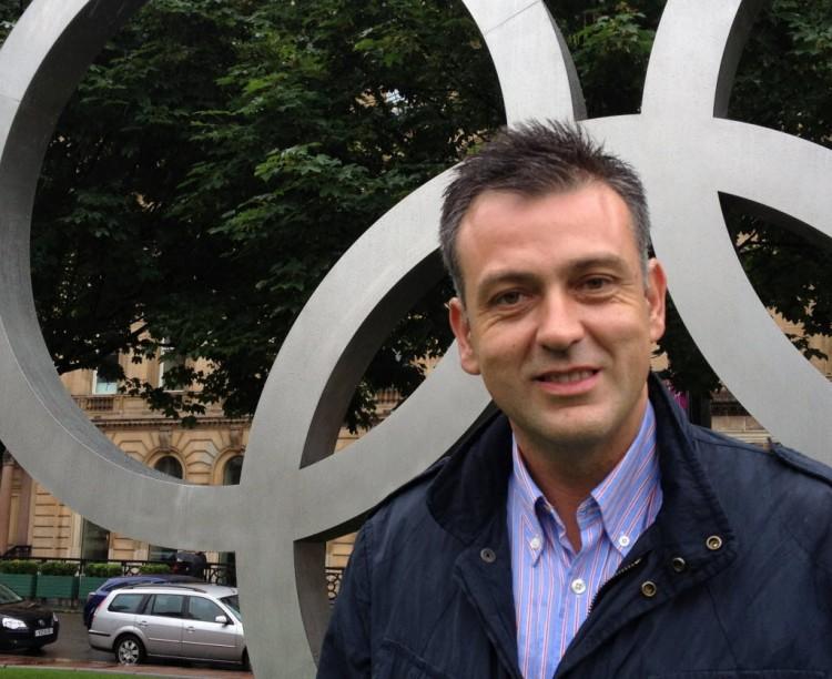 Diretor do Centro de Estudos Olímpicos e do Esporte da Universidade Autônoma de Barcelona, na Espanha, o professor Emilio Fernández Peña (Arquivo pessoal)