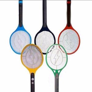 Imagem com raquetes para matar mosquito formam símbolo olímpico