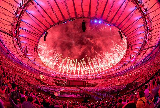 Fogos na cerimônia de encerramento da Paraolimpíada (Crédito: Simon Bruty for OIS/IOC/AFP)